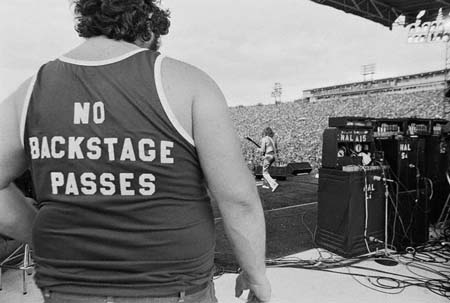 vintage-rock-t-shirt-shots (10)