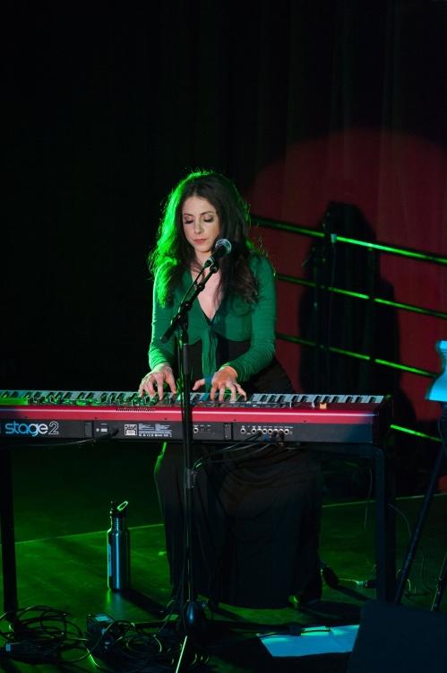 Lainey Schooltree performing HETEROTOPIA, photo by Philip Doyle